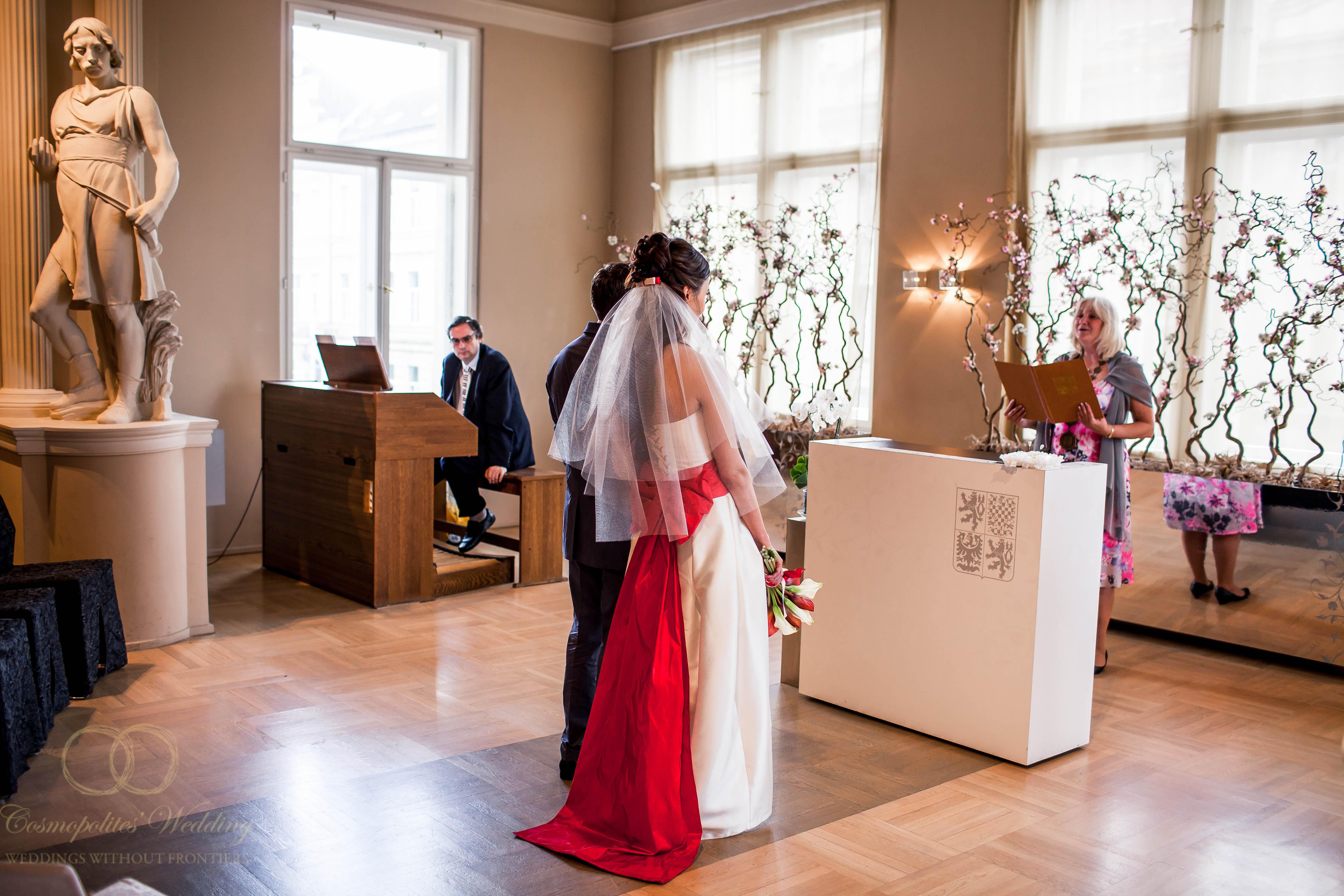 Свадьба Александра и Ольги — 9.5.2013 в Нусельской ратуше Праги - фото Свадьба Александра и Ольги — 9.5.2013 в Нусельской ратуше Праги №2506