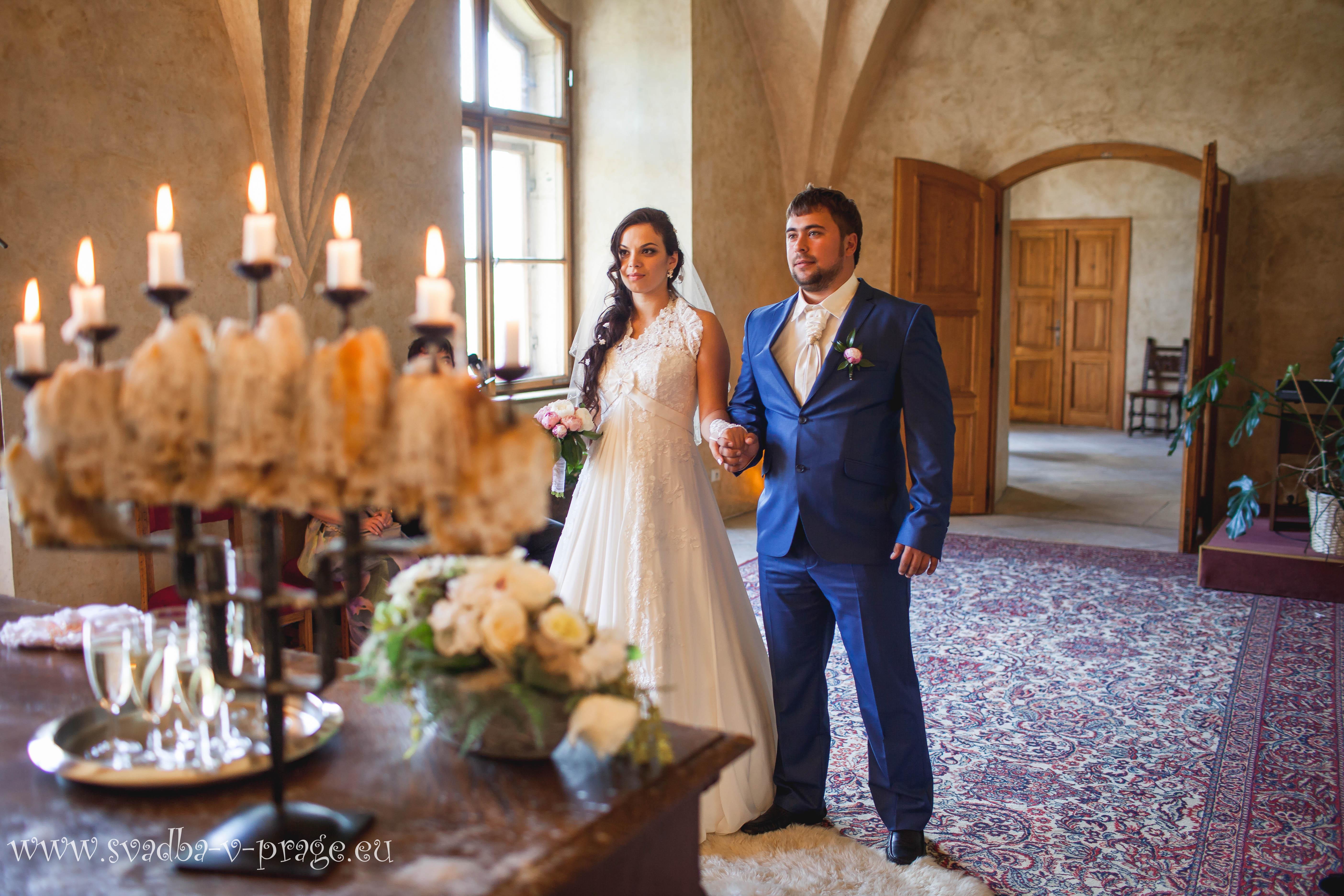 Свадьба Кирилла и Анастасии — 11.6.2013 в замке Карлштейн - фото Свадьба в замке Карлштейн