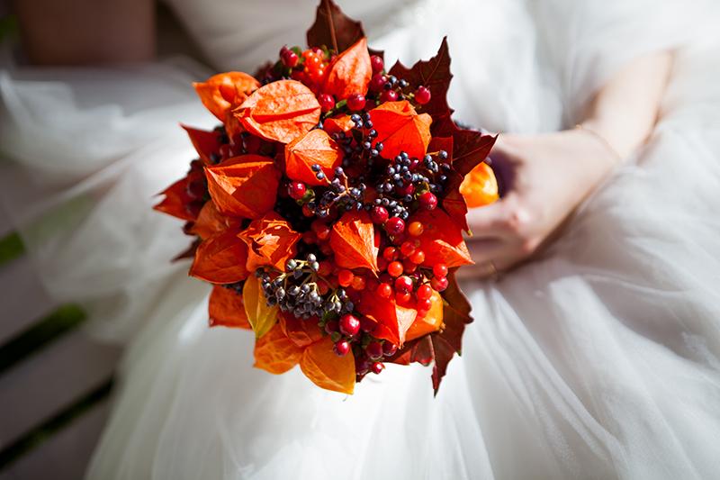 Свадьба в саду Пахтова Дворца Виталия и Наталии 19.2.2014 - фото orange-autnumn-wedding-bouquet_prague