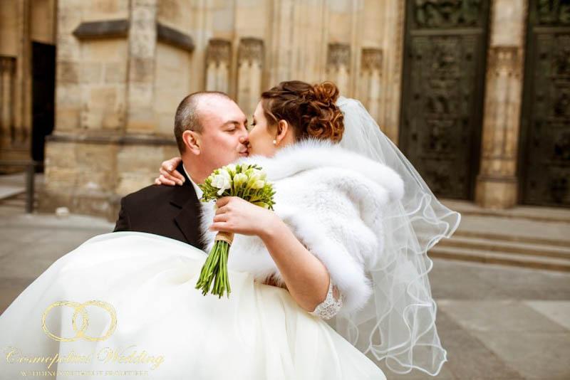 Свадьба Ивана и Евгении — 9.4.2013 в Староместской ратуше - фото 9.4.2013-wedding-in-prague